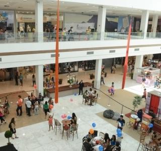 Construtoras e shoppings abrem mais de 500 vagas de trabalho no ... bb7e49103f