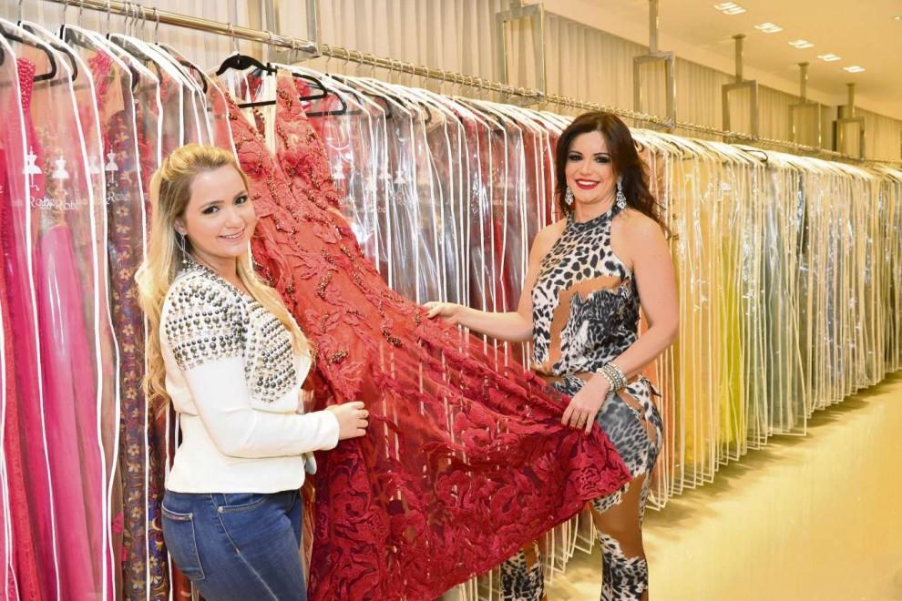 0f798ed20c Mariana e Juliana Villas criaram a La Robe Vix depois de tentar dar fim aos  vestidos