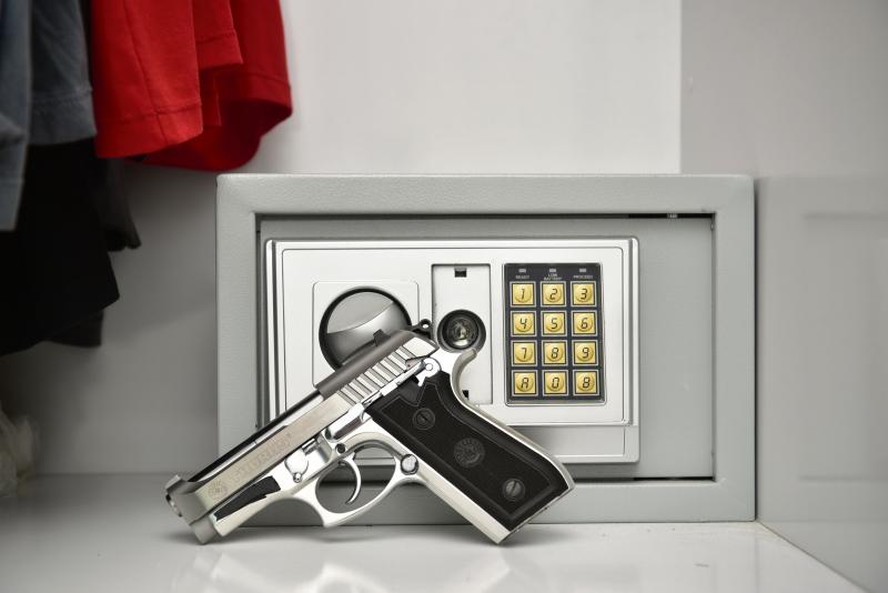 Arma no cofre