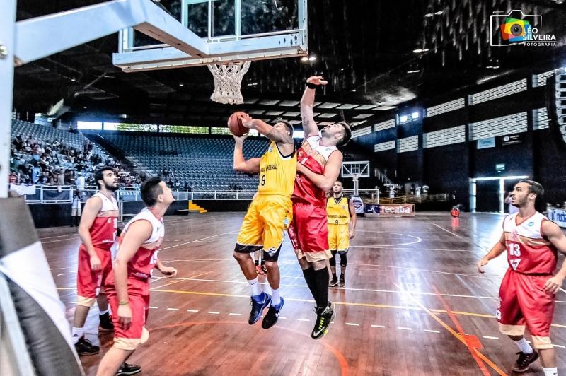 e3ff05214b Futsal do Álvares e Copa ES de basquete viram bons exemplos ...