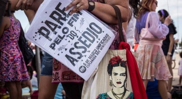 Passeata pelo Dia Internacional da Mulher, em Brasília, 2017