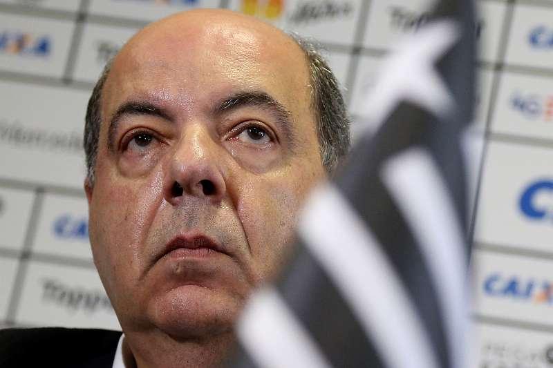 71f5120dcd Campanha de torcedores do Botafogo em SP arrecada produtos para ...