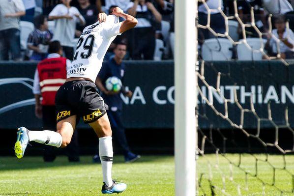 1239763955 Matheus Matias fez seu primeiro gol pelo Corinthians neste domingo