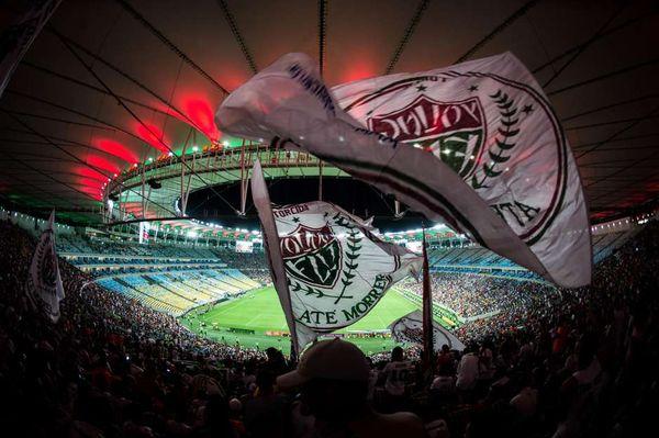 94d9613c92 Organizada promove  vaquinha  para ajudar funcionários do Fluminense ...